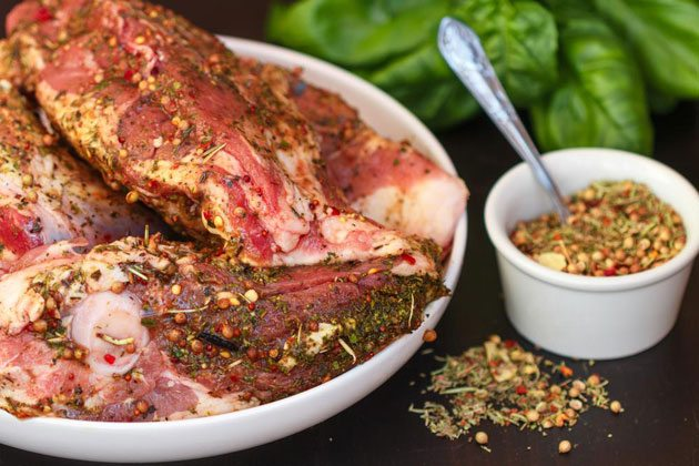 Raw beef with dry rub