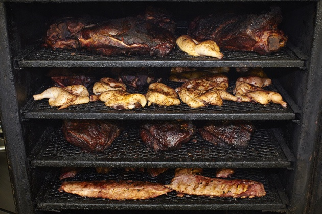 The Best Electric Smoker Under 200